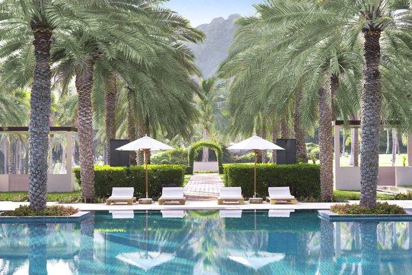 Al Bustan Palace, A Ritz-Carlton Hotel - фото 20
