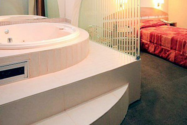 Hotel Ferre Miraflores - фото 6