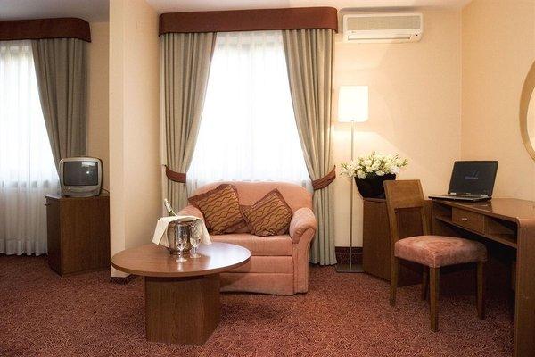 Classic Hotel - фото 7