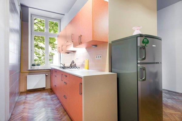 Berry Apartments - фото 18