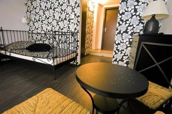 Pergamin Apartments - фото 7