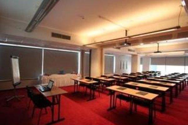 System Hotel Krakow - 18