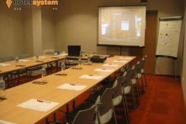 System Hotel Krakow - 19