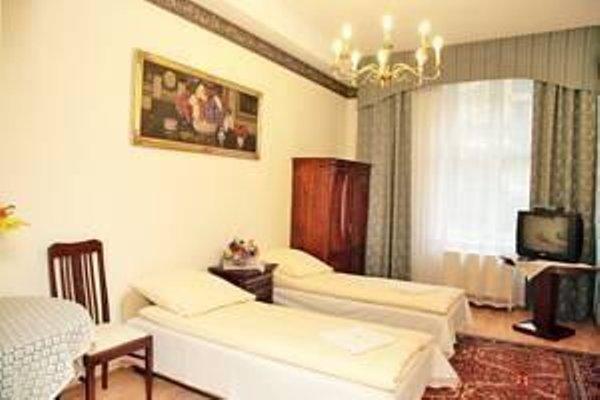 Metropolitan Apartments - 10