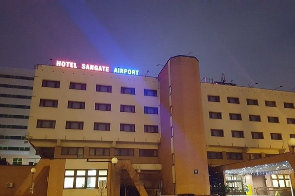 Sangate Hotel Airport - фото 22