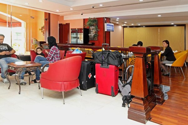 Jormand Hotel Apartments - фото 8