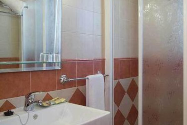 Hotel Ruta del Poniente - фото 7