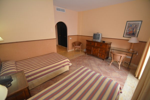 Hotel Apartamentos Mexico - фото 5