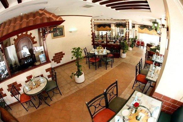 Khalidia Hotel Apartments - фото 14