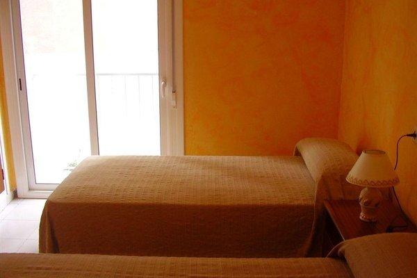 Hostal Blanes La Barca - фото 6