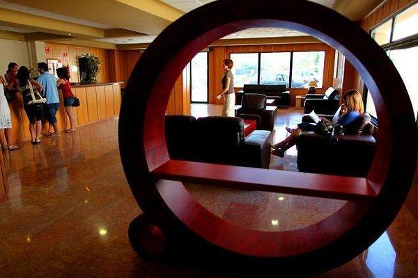 Eliana Park Hotel - 8