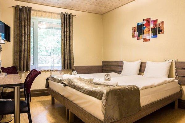 Agate Hotel - 4
