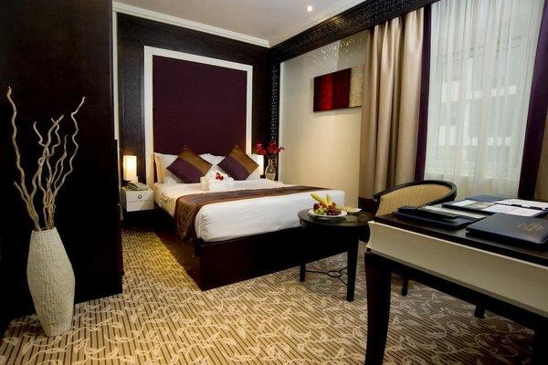 Carlton Tower Hotel - 4