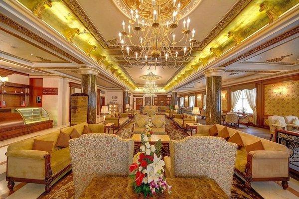 Royal Ascot Hotel - фото 17