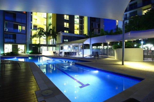 Signature Waterfront Apartments - фото 15