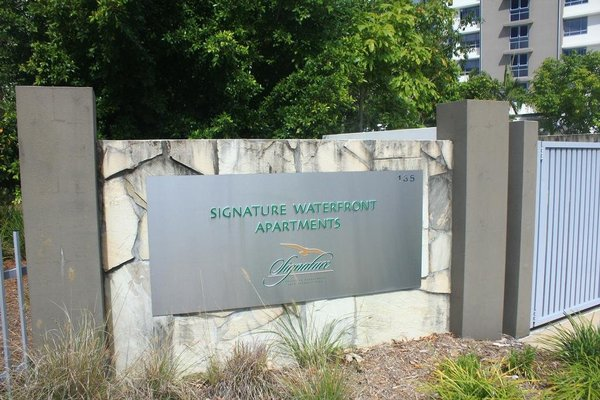 Signature Waterfront Apartments - 19