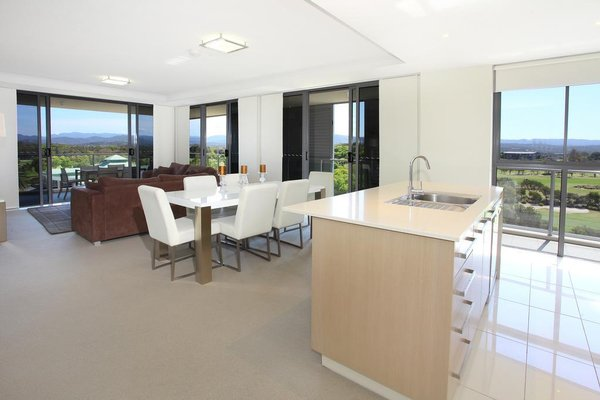 Signature Waterfront Apartments - 9