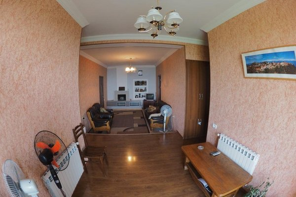 Zandarashvili Guest House - фото 14
