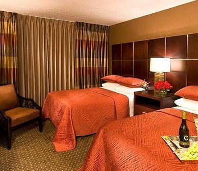 โรงแรม The Carriage House Las Vegas