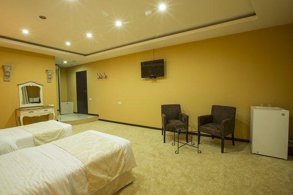 Amber Hotel - 42