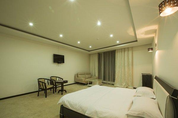 Amber Hotel - 5