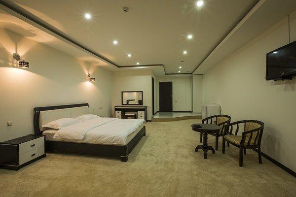 Amber Hotel - 7