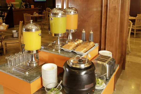 iStay Hotel Monterrey Histórico - фото 8