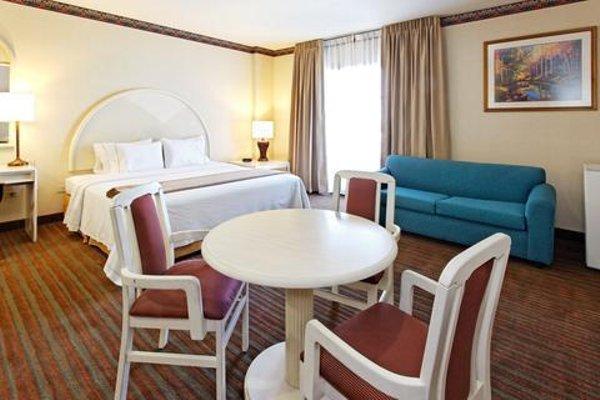 Holiday Inn Express - Monterrey - Tecnologico - фото 50