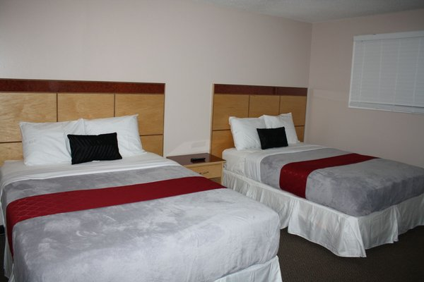 Bexon Rooms - Hotel Downtown Windsor - фото 50