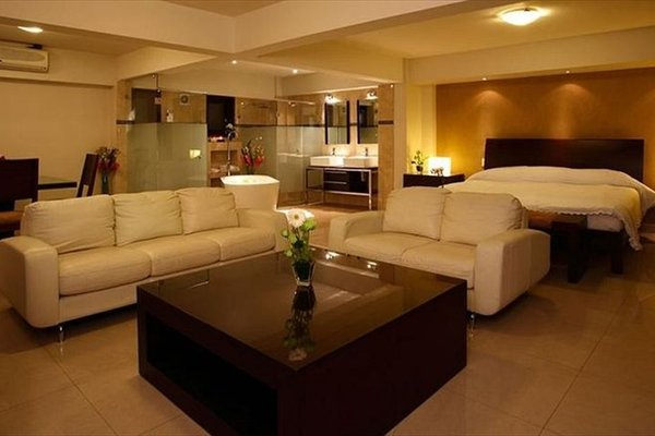 Casa de las Flores Hotel - фото 7