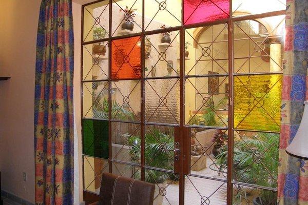 Casa Alebrijes Gay Hotel - фото 14