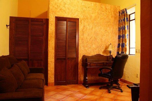 Casa Alebrijes Gay Hotel - фото 9