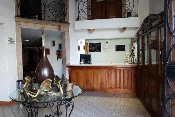Hotel Don Quijote Plaza - 10