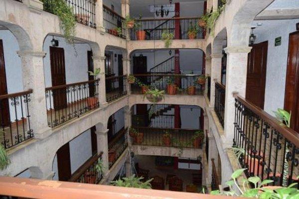 Hotel Don Quijote Plaza - 21