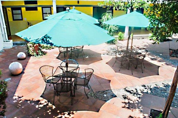 Hotel y Hostel Allende - фото 19