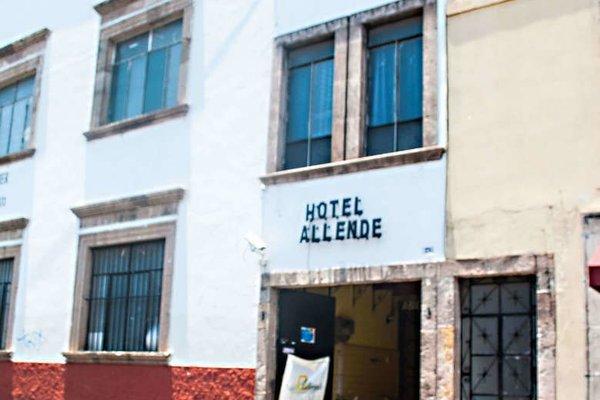 Hotel y Hostel Allende - фото 20