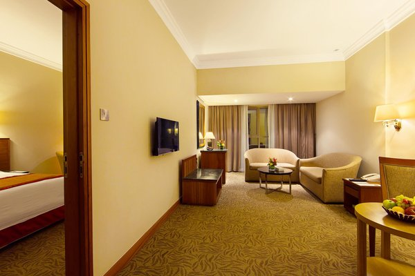Sun & Sky Al Rigga Hotel - фото 3