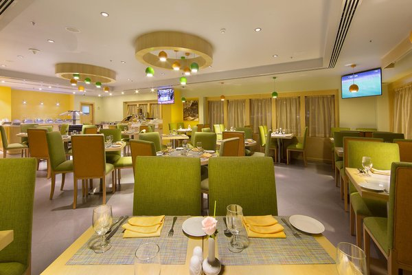 Sun & Sky Al Rigga Hotel - фото 9