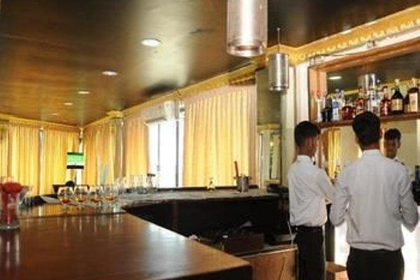Hotel Manhattan - 11