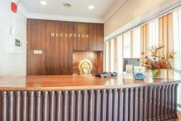 Hotel Manhattan - 16