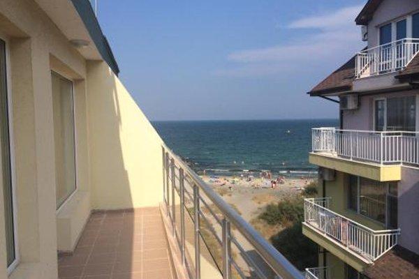 Sunrise Apartments by Interhotel Pomorie (Санрайс Апартаментс бай Интеротель Поморье) - фото 18