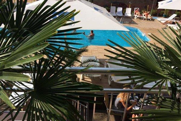 TM Deluxе Hotel - фото 21