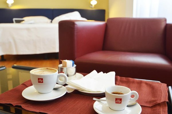 Mistral2 Hotel - фото 7