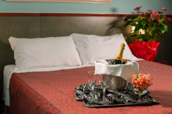 Hotel & Loisir Le Ruote - фото 3
