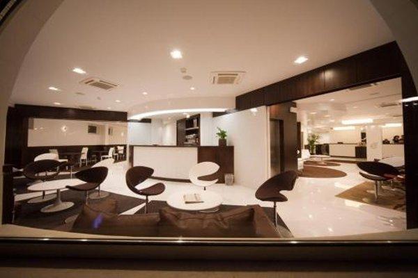 E' Hotel - фото 14