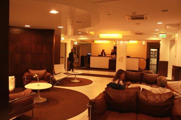 E' Hotel - фото 17