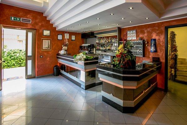 Nelson Hotel - 16