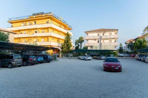 Nelson Hotel - 23