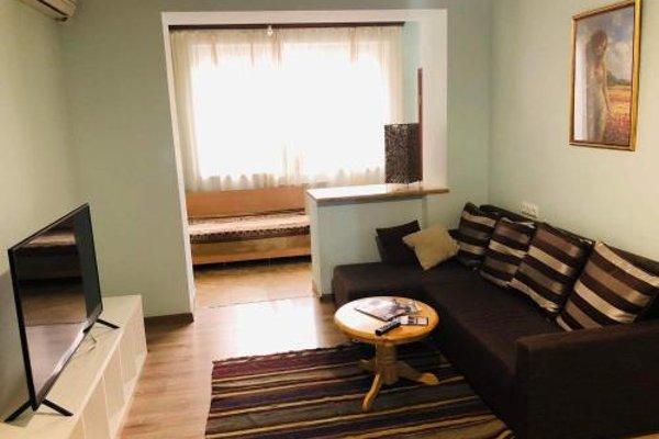 Апартаменты «Площадь Республики» - 10