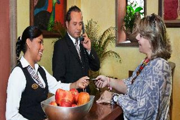 Hotel Racquet Cuernavaca - 6